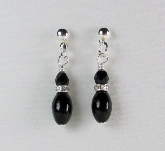 Black glass beaded pierced earrings with rhinestone accents