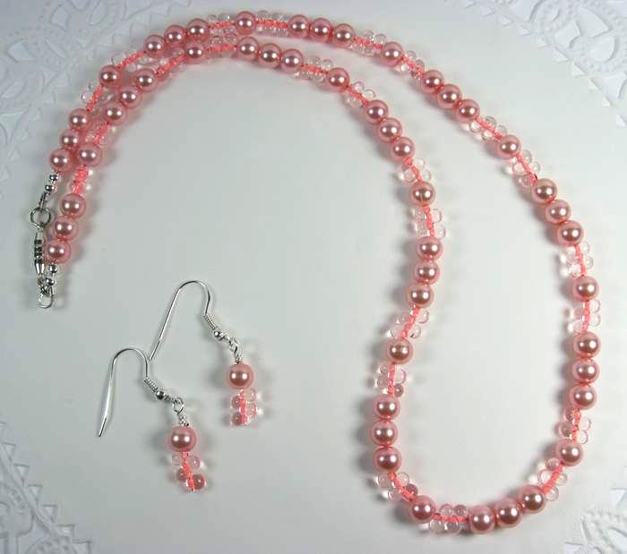 pink glass  pearl beaded necklace with matching earrings