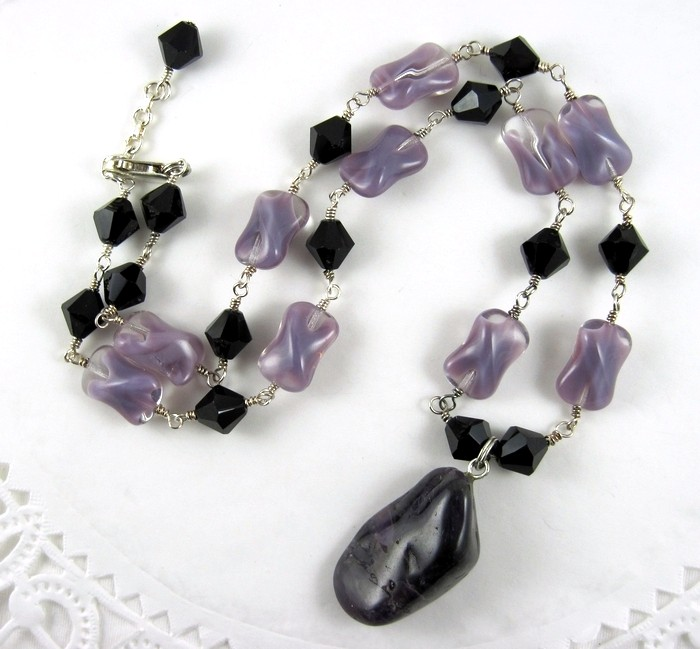 Amethyst and  Sterling Silver choker necklace